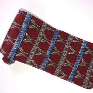 Claiborne NWOT Burgundy w/Gray Feathers Tie T175